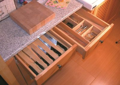 Zeyco Phuket Classical Kitchen Wooden Cutlery Tray29